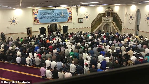 New Zealand Mosque Massacre: Thousand Of Muslims Pray For