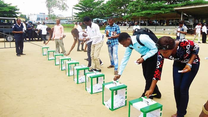 Less than 3 days to election, FG orders closure of borders across the country