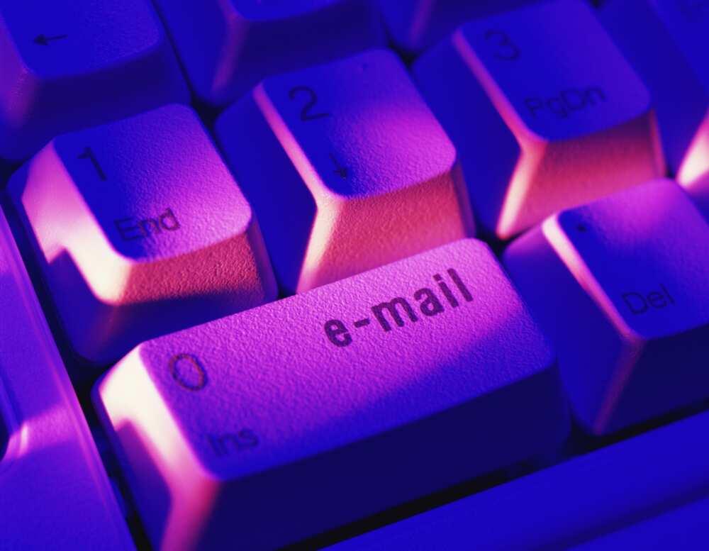 Quelles formules de politesse utiliser dans votre mail?