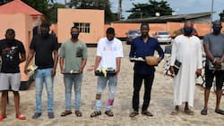 EFCC arrests four brothers, three others for internet fraud in Ibadan, recovers cars, laptops, others (photos)