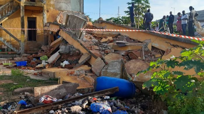 1 dead, 3 people trapped as building collapses in Lagos - NEMA