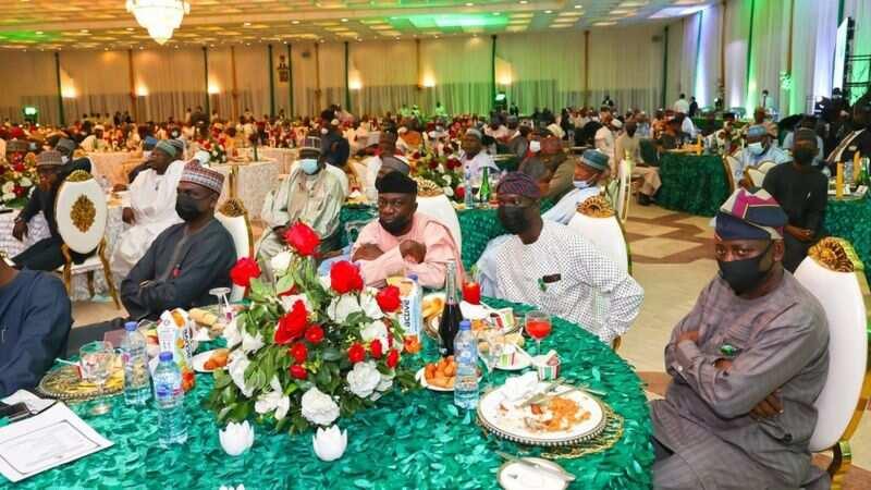 Bayani: Abubuwan da shugaba Buhari ya fada wa 'yan majalisa yayin ganawarsu