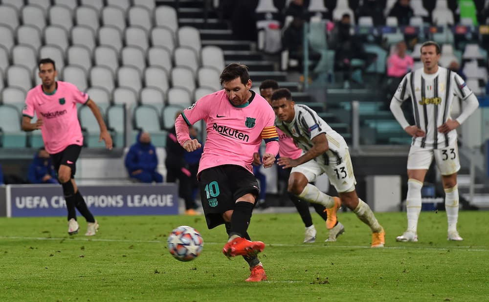 Lionel Messi scores 70 goals in 74 games in Champions League group stages
