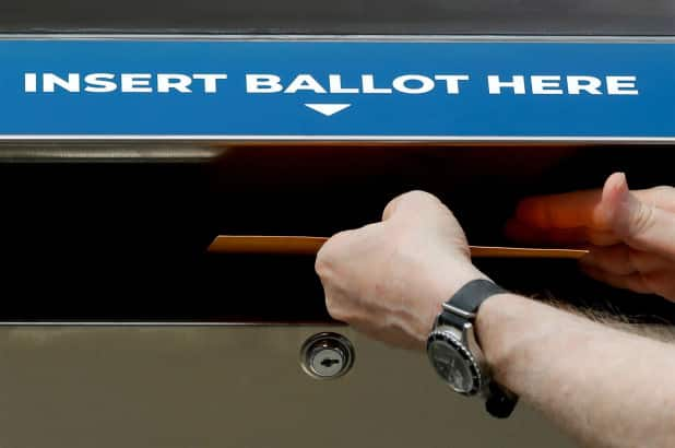 US election: Dead people caught voting in New York, says report
