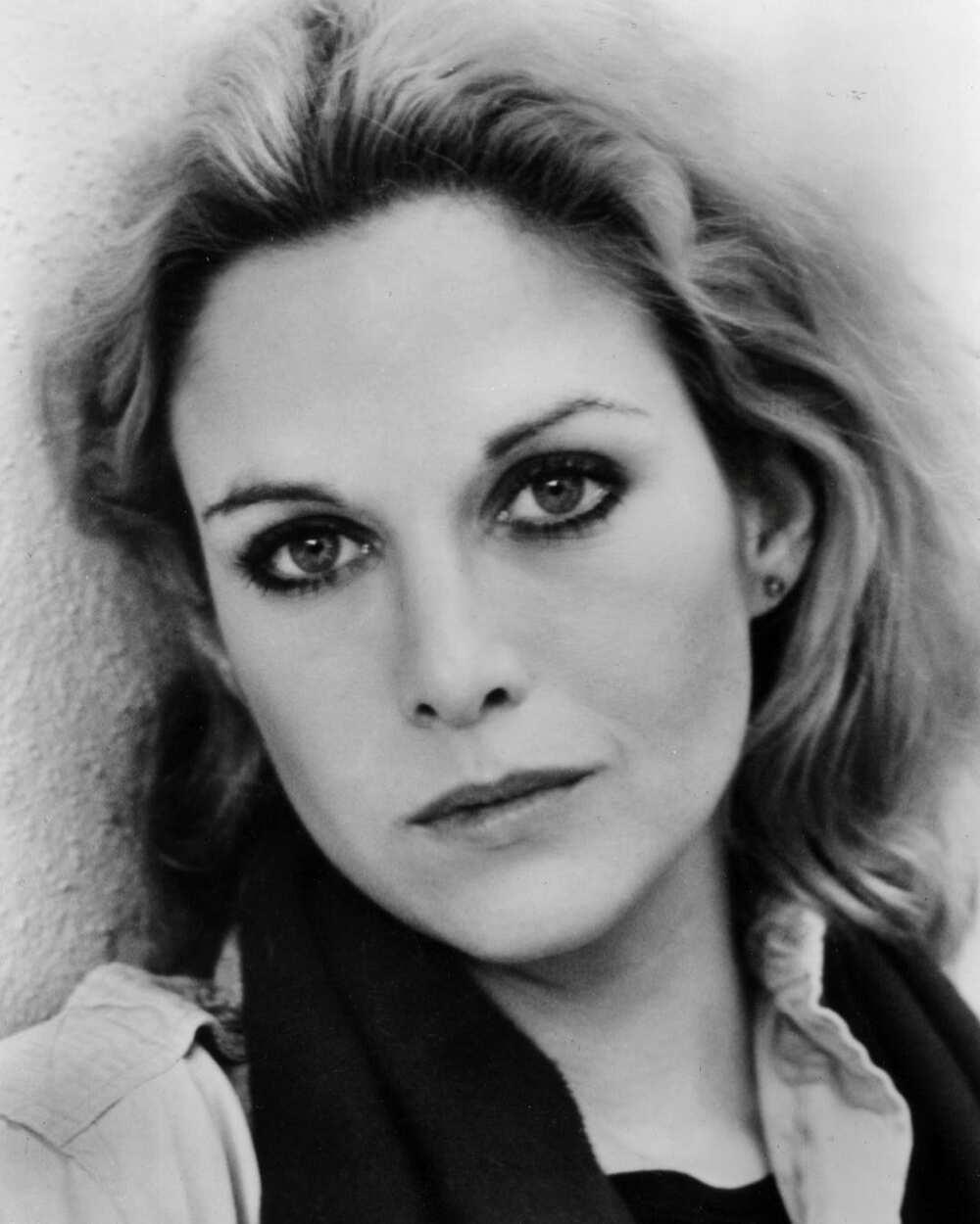 Actress Season Hubley now: bio, age, net worth, son