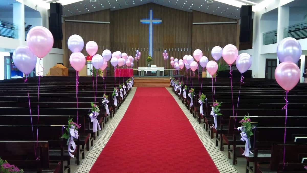 Top Best Beautiful Church Altar Decoration For Your Wedding
