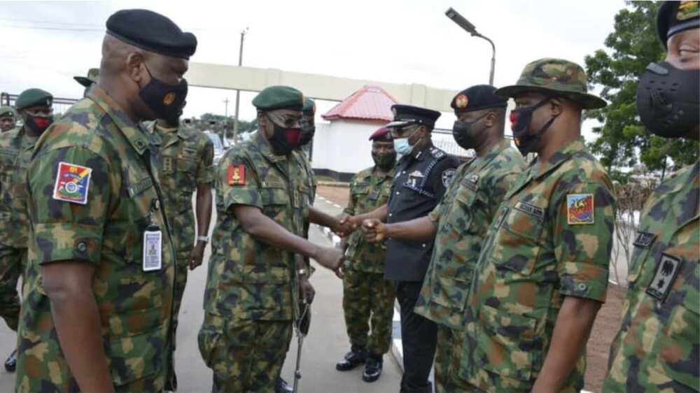 Rundunar sojin Najeriya ta yi magana kan shirin sakin manyan kwararrun masu hada bama-bamai na Boko Haram