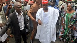 Tension in Kano, 8 injured, 10 vehicles destroyed as supporters of Kwankwaso, Ganduje clash