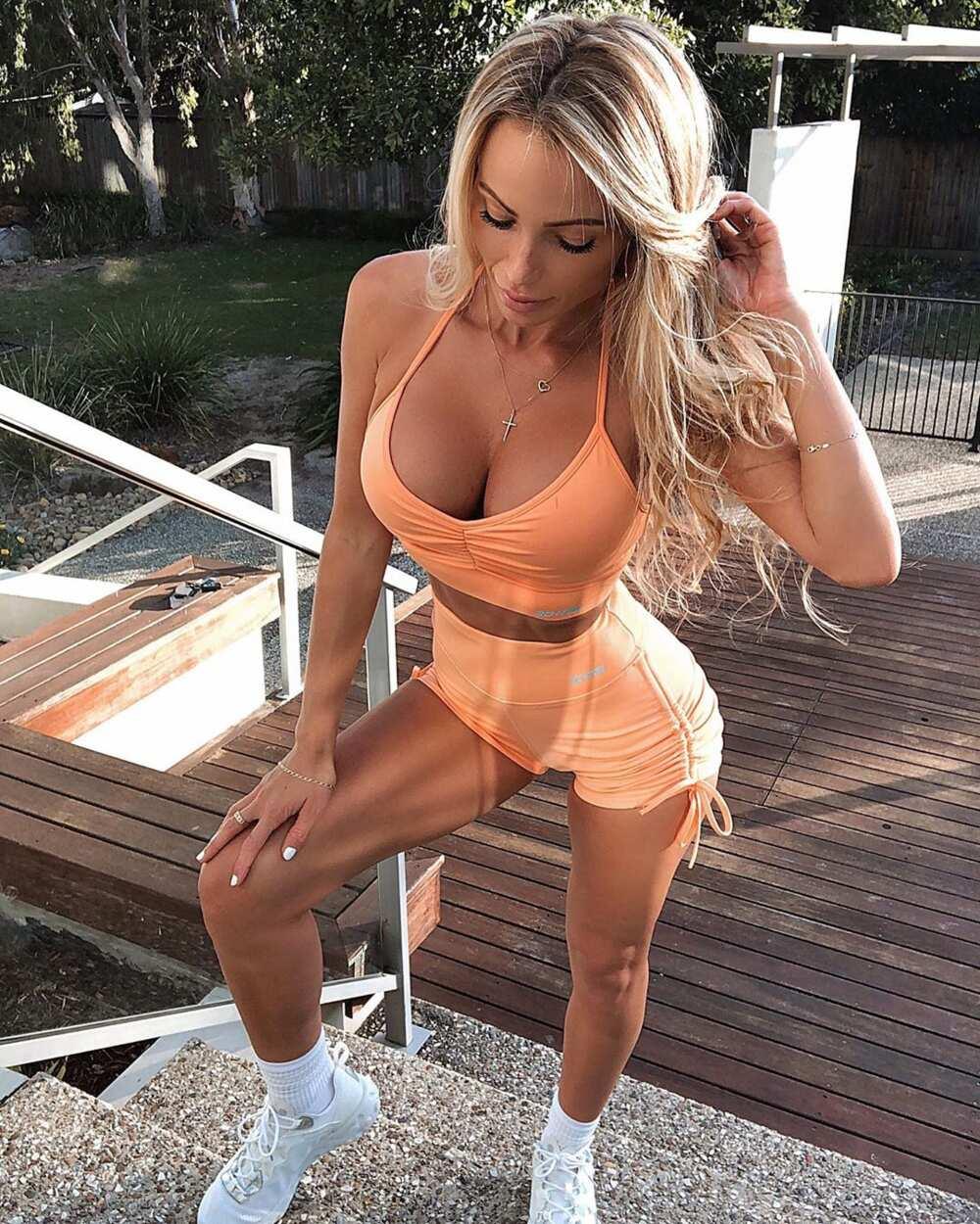 Abby Dowse hot