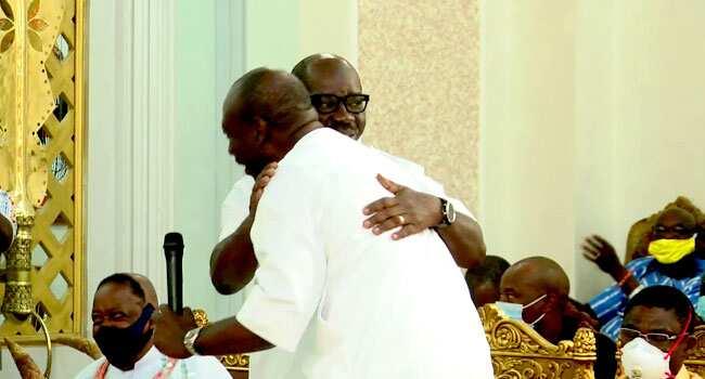 Zaben Edo 2020: Obaseki da Ize Iyamu sun kulla yarjejeniya gaban Sarkin Benin