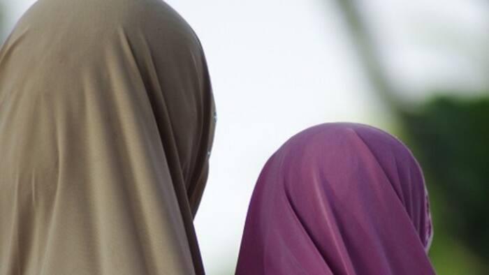 Yadda mata ke amfani da Hijabi wajen safarar muggan makamai ga yan fashi a Najeriya