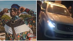 Kizz Daniel who was reportedly paid N3m by students held hostage after he failed to perform (video)