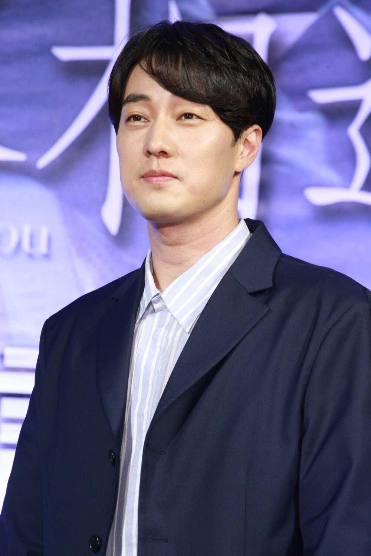 Korean male actors