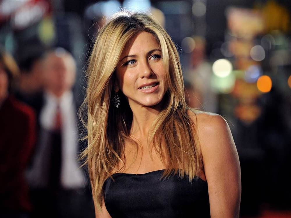 Actress Jennifer Aniston blasted over 'insensitive' Christmas ornament