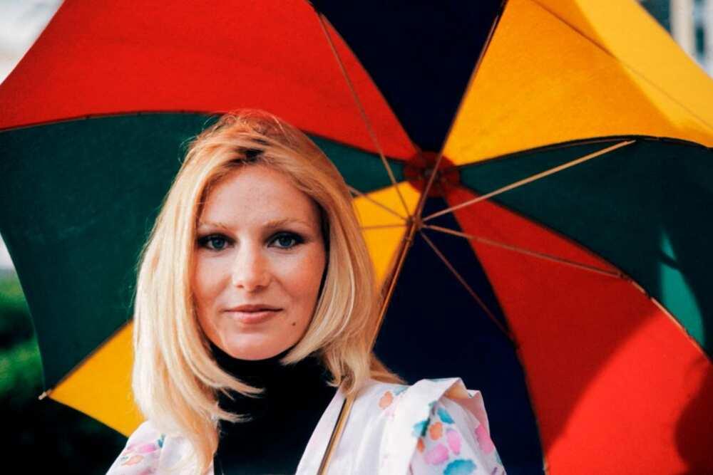 Michèle Torr jeune