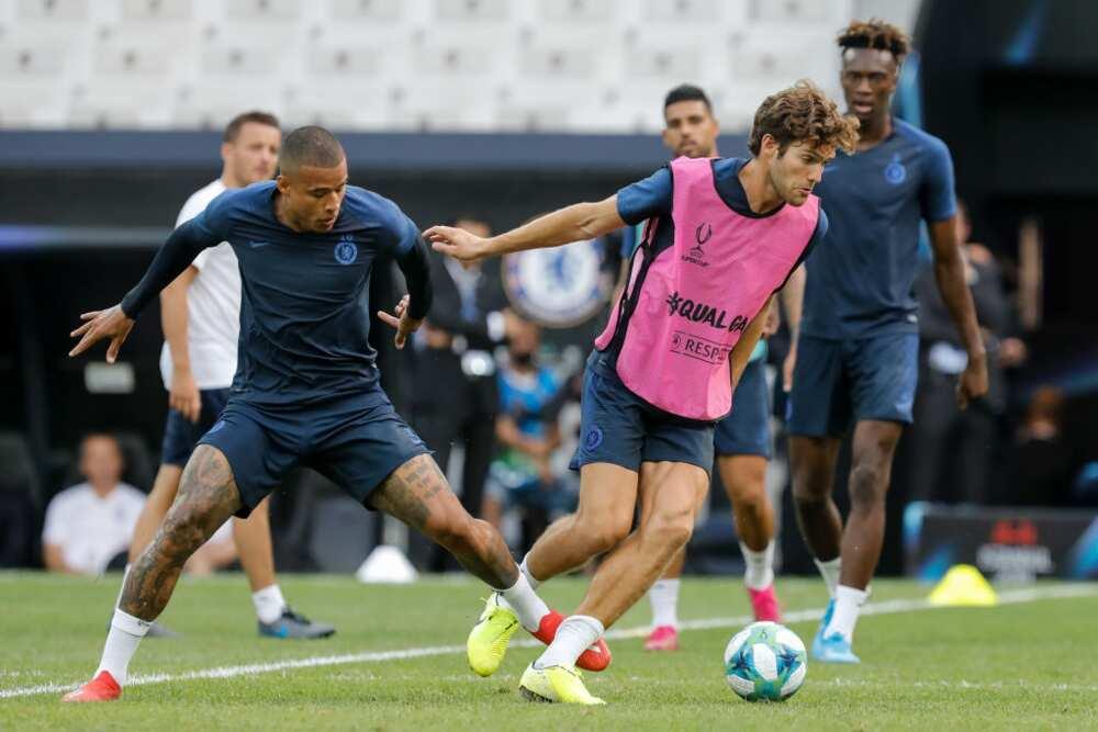 Kenedy: Granada edge closer to landing Chelsea star on loan this summer