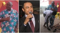 Pastor tackles Daddy Freeze on tithing as he gifts church member N145K shoe (photos)