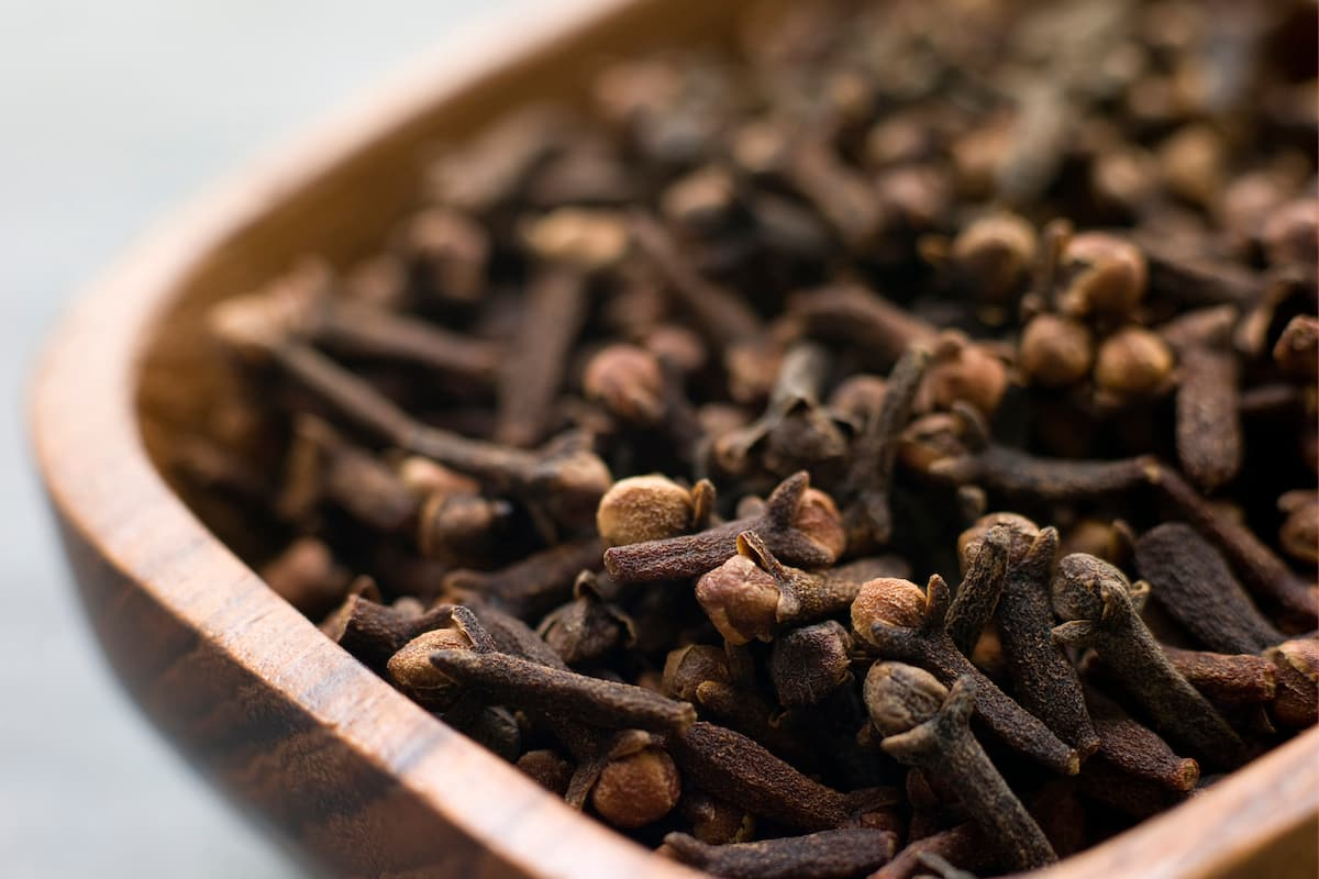 Healthy cloves