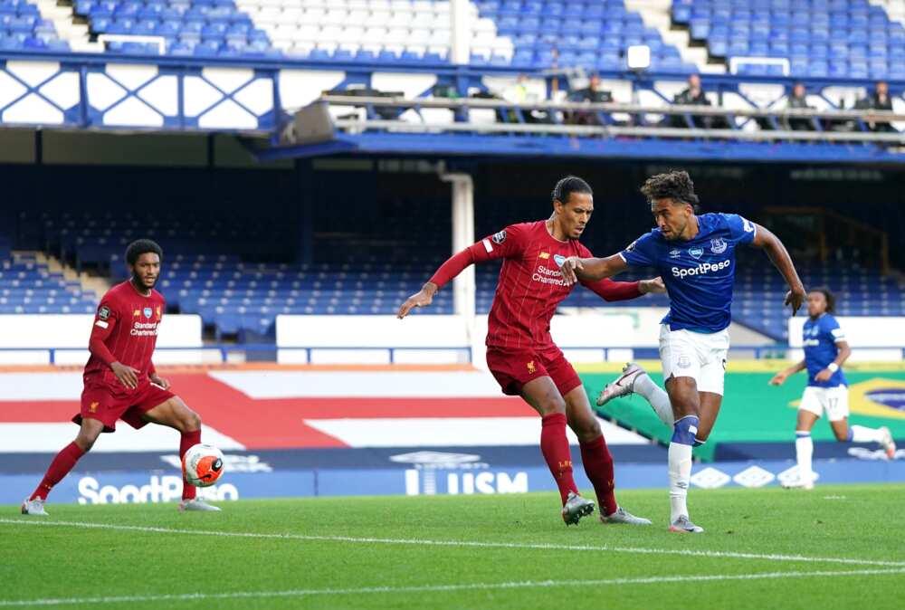 Virgil Van Dijk and Alcantara rushed to hospital after EPL tie against Everton