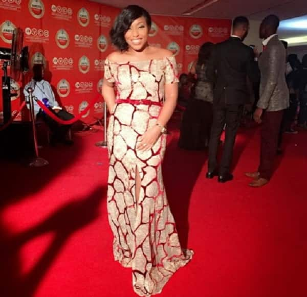 A photo of Rita Dominic on the red carpet.