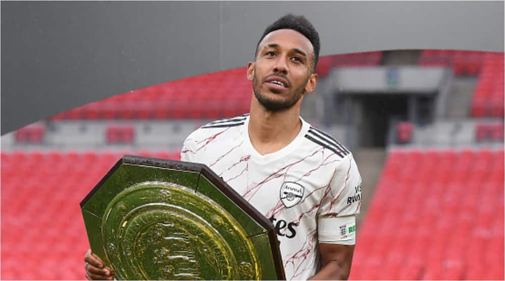 Pierre-Emerick Aubameyang finally signs new 3-year deal with Arsenal worth £250,000-a-week