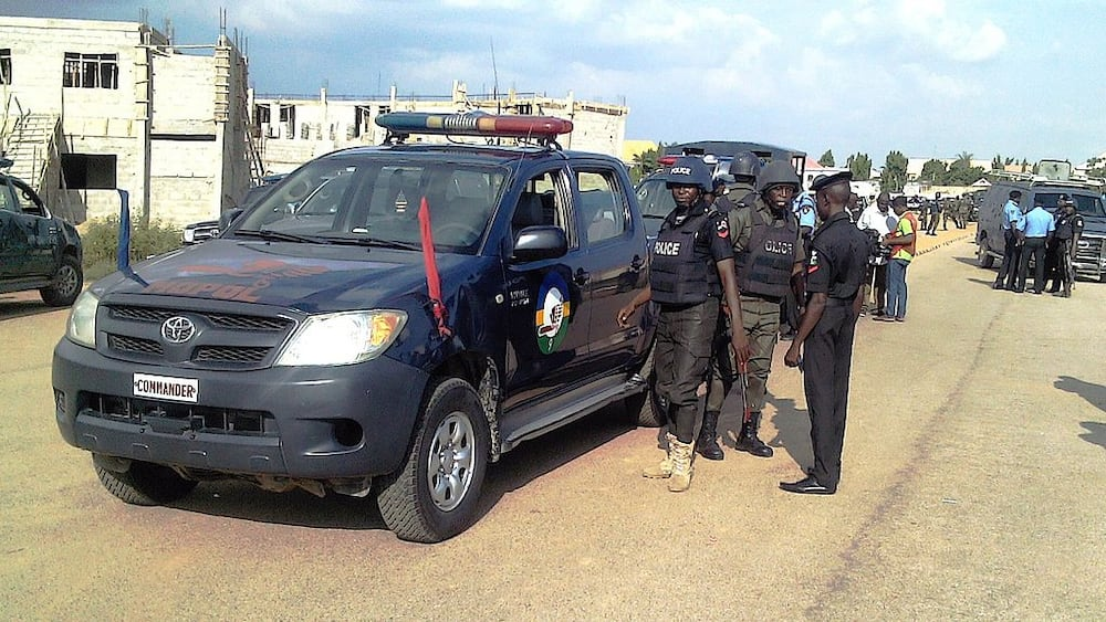 Panic as Gunmen with AK 47 Riffles Open Fire on APC Chieftain in Delta State