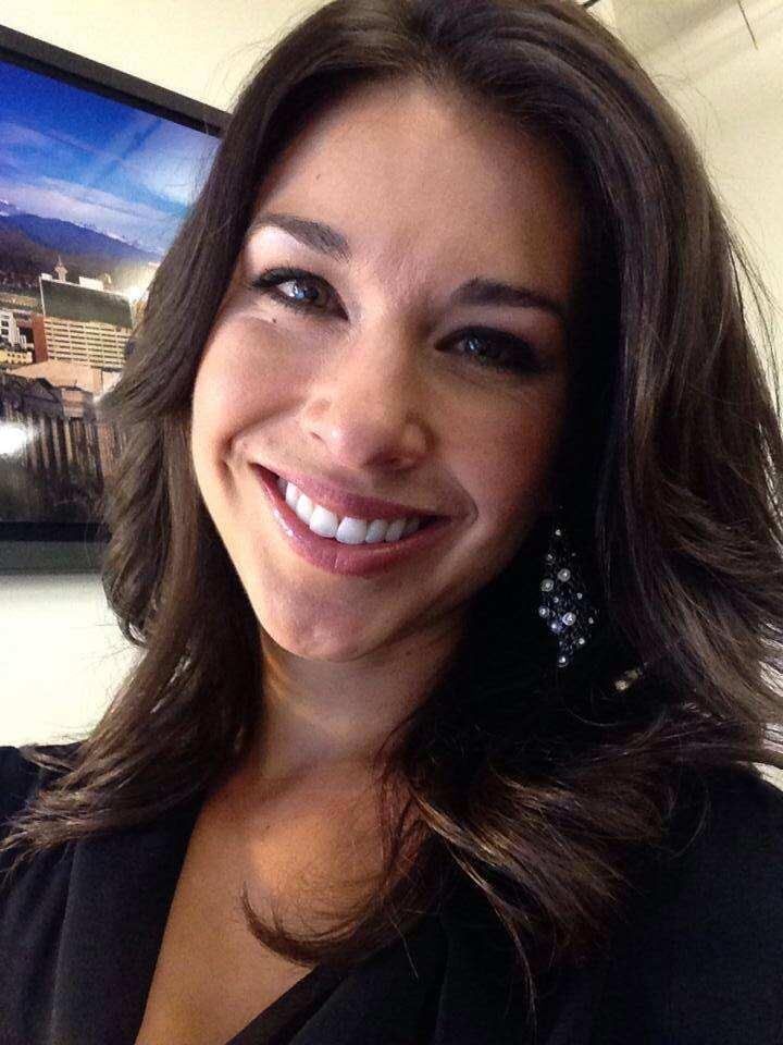 Smiling Ana Cabrera