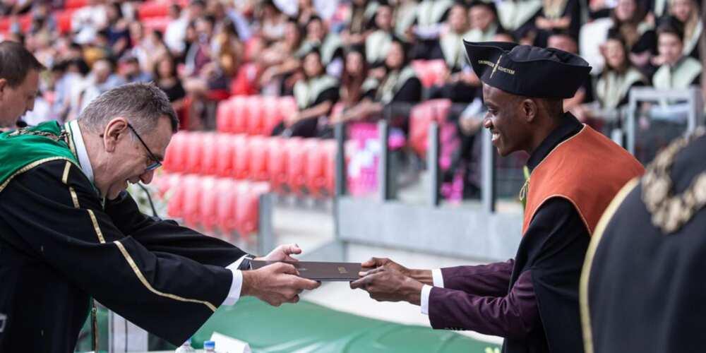 Oluwatosin Olowoyeye graduated with 5.0 GPA