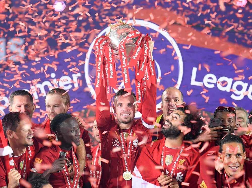Rio Ferdinand admits Liverpool are favourites to reclaim Premier League title next season