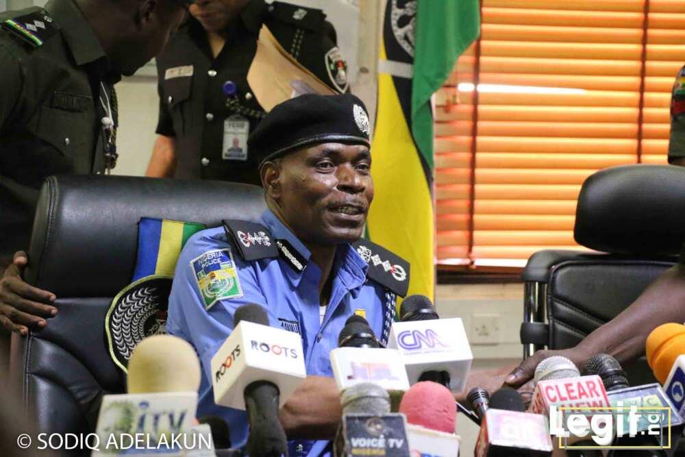 Ashe jami'an 'yan sandan dake jihar Lagos kasuwanci suke zuwa yi ba aiki ba