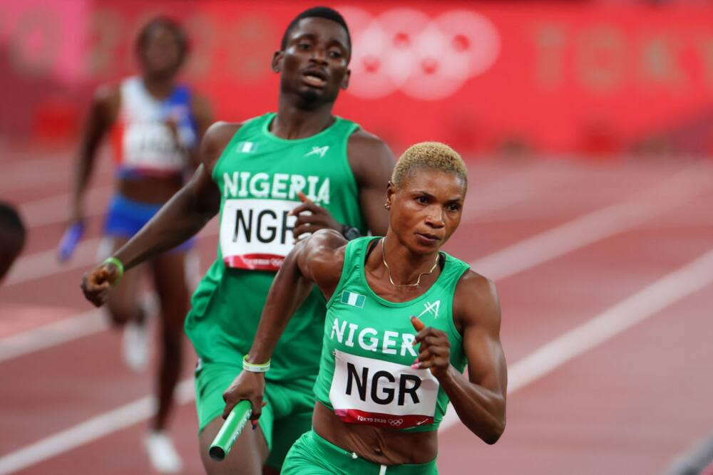 Olympics: Watch heart-wrenching moment Nigeria moved from 1st to last in 4×400 mixed relay race