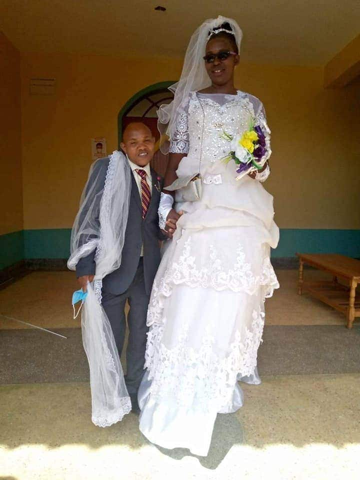 Beautiful bride who married shorter man proudly says she loves him the way he is