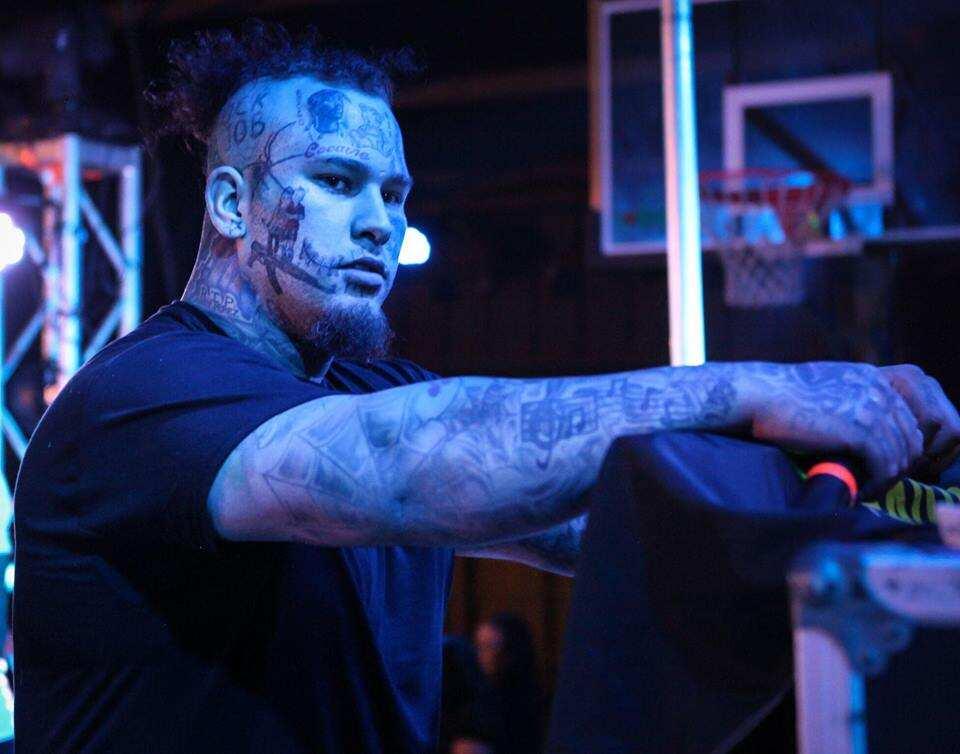 Stitches rapper