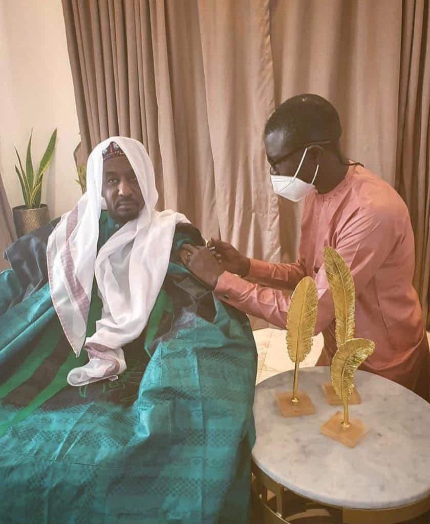 Photos emerges of former emir of Kano, Sanusi receiving COVID-19 vaccine ▷  Nigeria news | Legit.ng