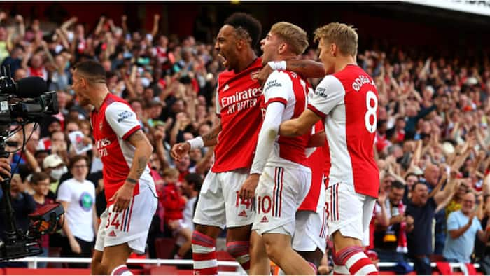 Arsenal thrash Tottenham in London derby, move to 10th on EPL table