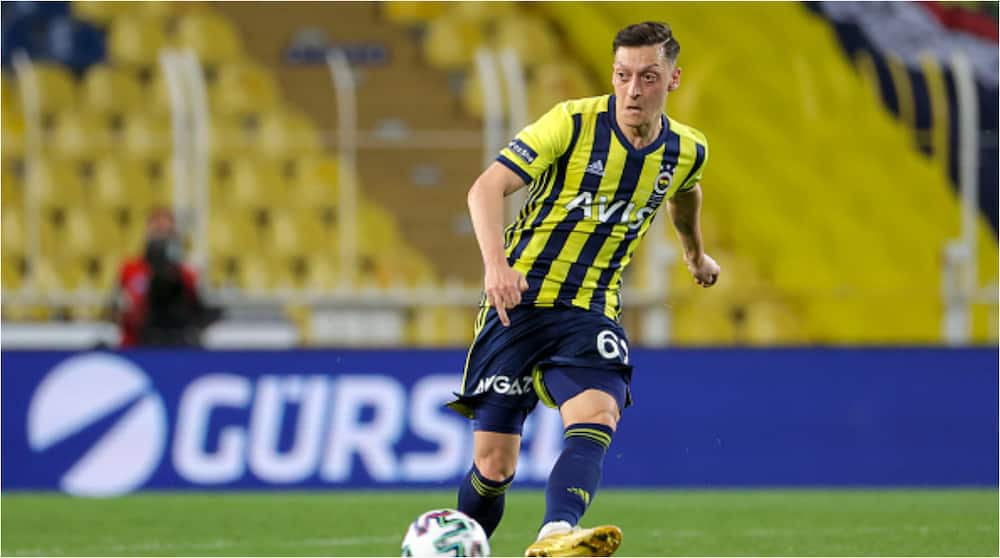 Mesut Ozil Ends 18-Month Goal Drought With First Strike for Boyhood Club Fenerbahce