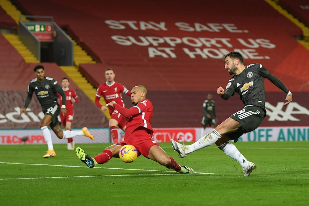 Man United get point at Anfield to cement place at top as Liverpool's winless streak continues