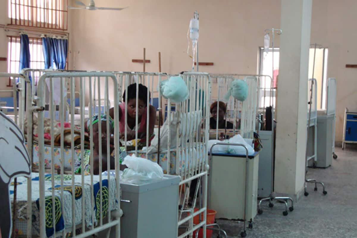 ICPC recovers hospital equipment in private home in Akwa Ibom - Legit.ng