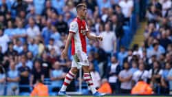 Arsenal stars on red alert as teammate rejects COVID-19 vaccines