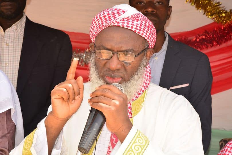 Just in: Sheik Gumi Meets Former President Obasanjo Behind Closed Doors over Insecurity