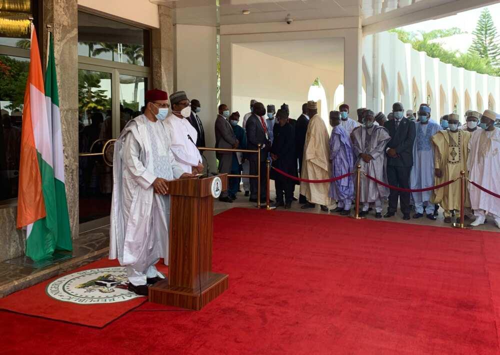 Breaking: Presidency releases video as Buhari receives newly sworn-in Niger president