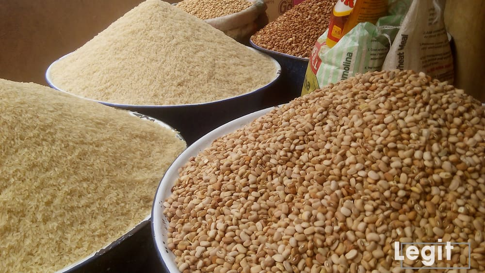 At Iddo market, food items are offered at good prices of various brands and types. A trial will indeed convince you. Photo credit: Esther Odili