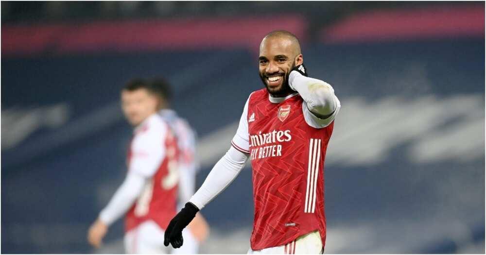 Resurgent Arsenal hit 5 past Westbrom Albion