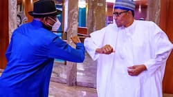 Just in: Buhari, Jonathan hold closed-door meeting in Aso Rock amid defection rumours