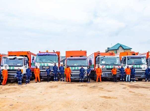 Meet former Lagos lawmaker Oluomo Segun Olulade who is now a waste collector
