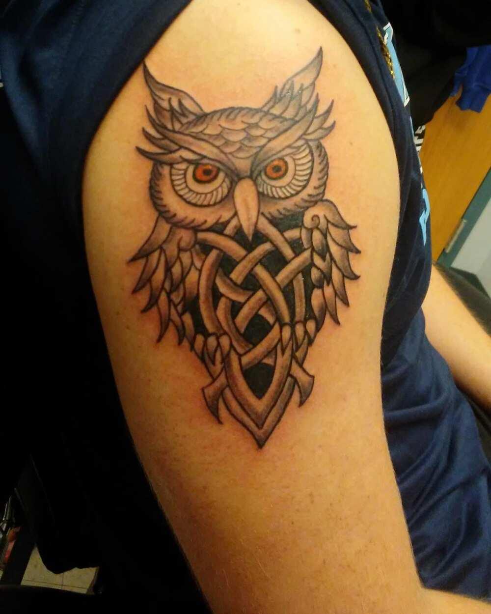 Irish shoulder tattoos