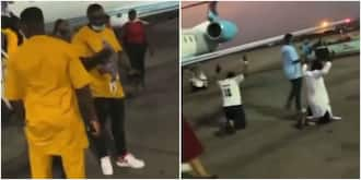 Video Shows Passengers Thanking God for Life as Flight from Abuja to Port Harcourt Almost Ended in Tears