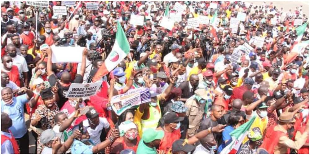The N30,000 minimum wage has lost value amid rising inflation and devaluation of naira. This has made TUC and NLC contemplate on another increment