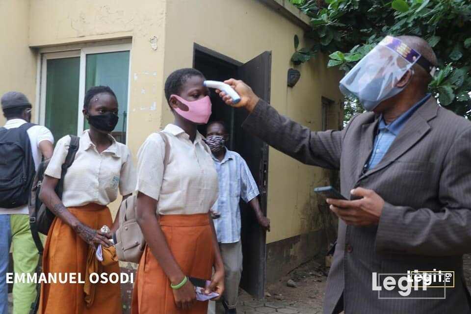 Yanzu-yanzu: Dalibai sun koma makaranta a Nigeria, sun fara shirin zana jarabawa