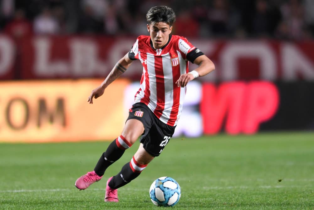 Manchester City complete the signing of Argentina starlet Dario Sarmiento from Estudiantes